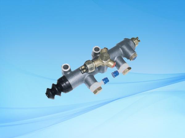 1150 SY133双管路制动总泵