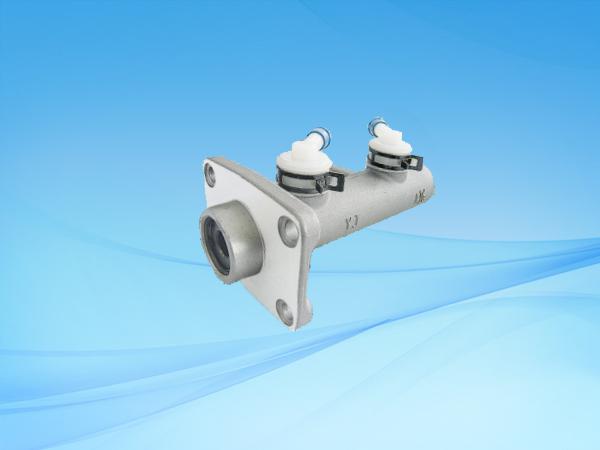 1170 SY1030制动总泵