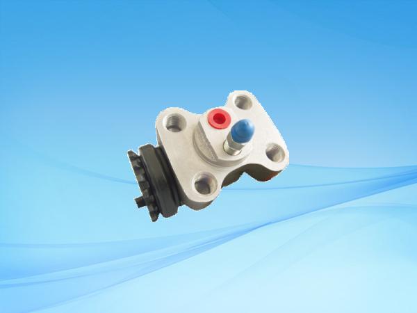 1670 HFC6800前(左上、左下、右上、右下)制動分泵