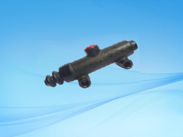 1024 BJ130(改缩嘴)制动总泵